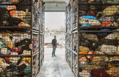 Come vendere, riciclare e donare i propri vestiti usati: la guida completa