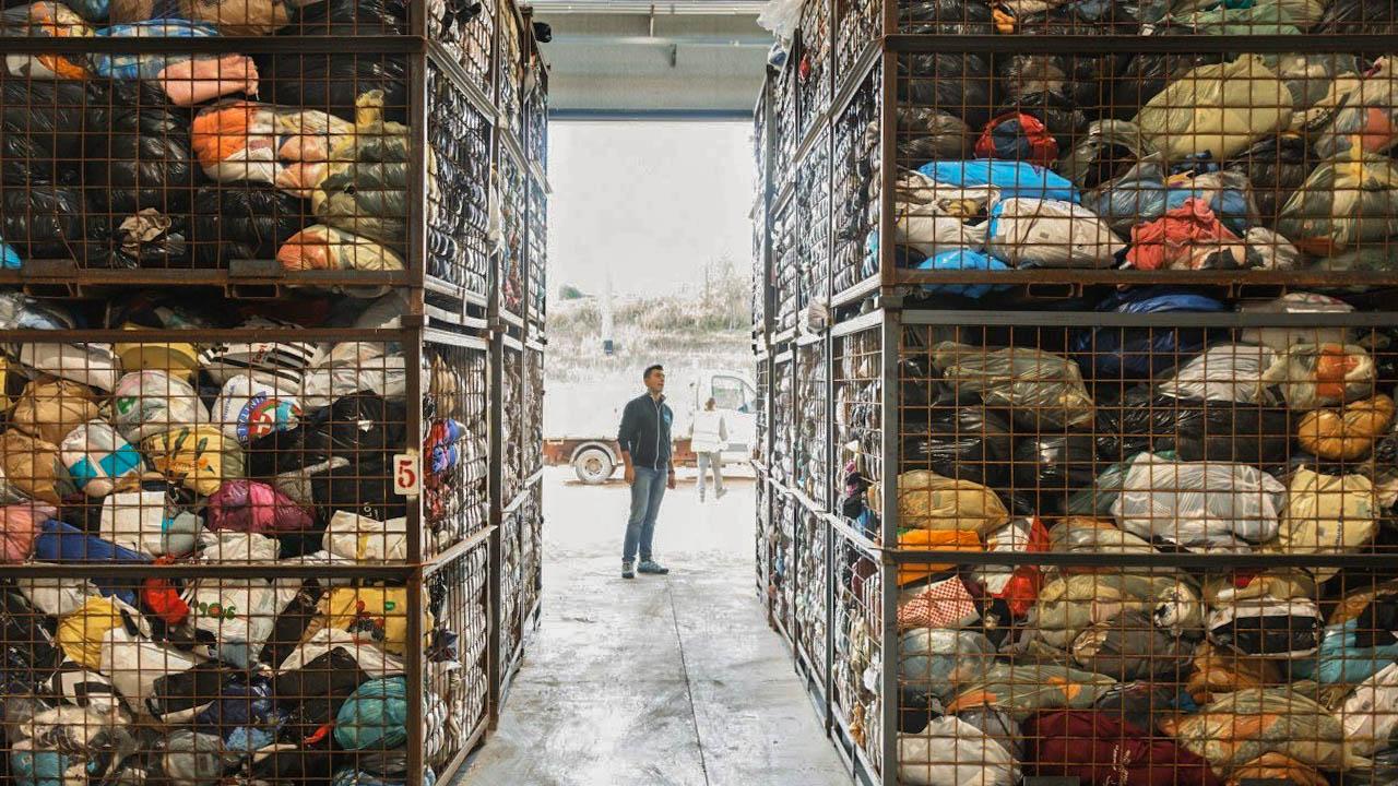 Come vendere, riciclare e donare i propri vestiti usati: la guida completa recooper